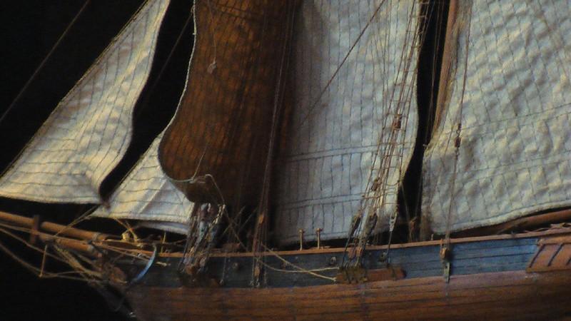 LA TOULONNAISE, goelette de 1823 au 1/75 par parellum, sous voiles, et photos Musée de la Marine Imga0916