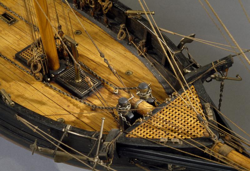 LA TOULONNAISE, goelette de 1823 au 1/75 par parellum, sous voiles, et photos Musée de la Marine - Page 3 M5026_16