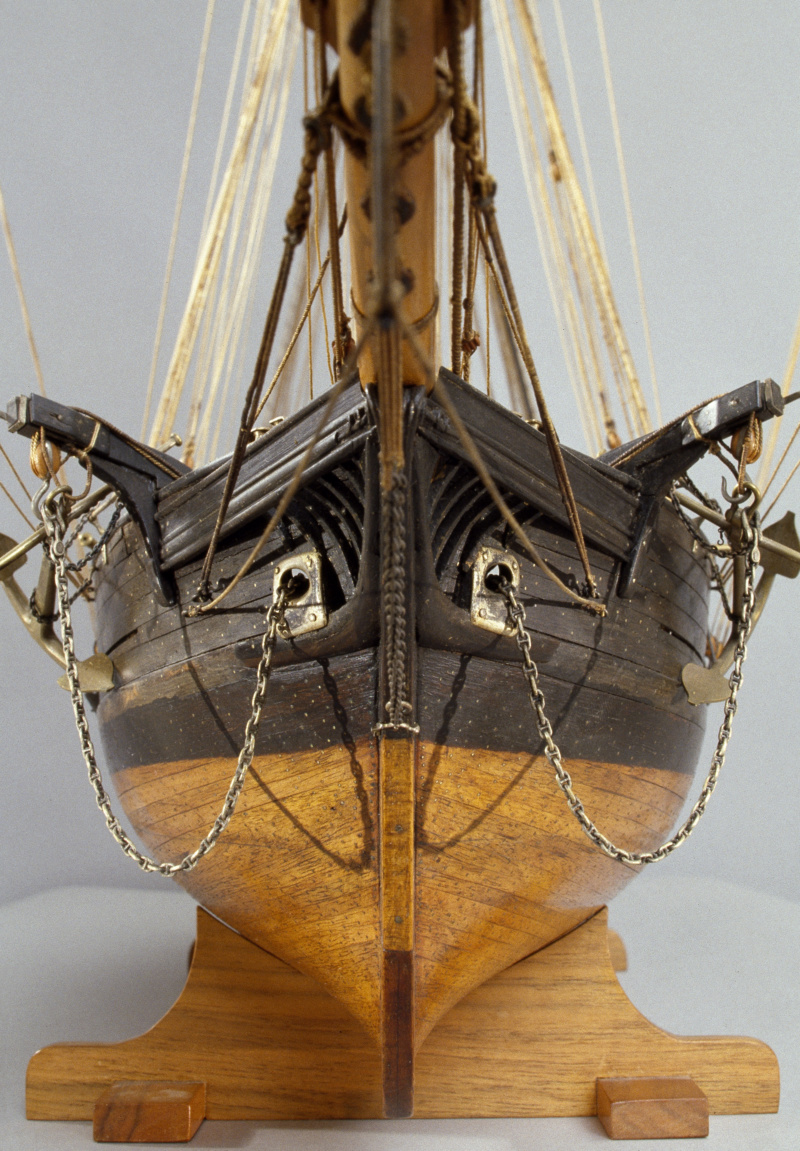 LA TOULONNAISE, goelette de 1823 au 1/75 par parellum, sous voiles, et photos Musée de la Marine - Page 3 M5026_18