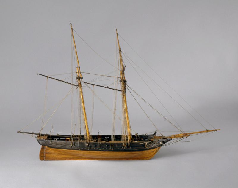 LA TOULONNAISE, goelette de 1823 au 1/75 par parellum, sous voiles, et photos Musée de la Marine - Page 3 M5026_22
