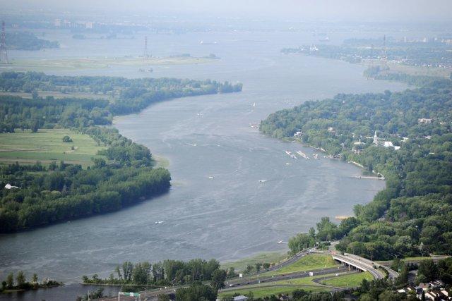 fleuve st laurent sur la cote nord quebec 65299310