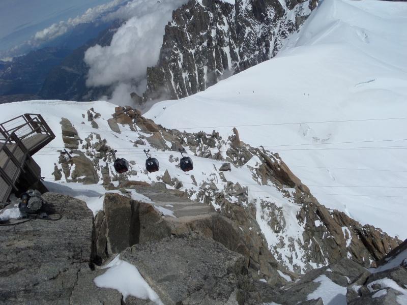 Télécabine bicâble pulsé 12 places (TCP 12) Panoramic Mont-Blanc Sam_0422