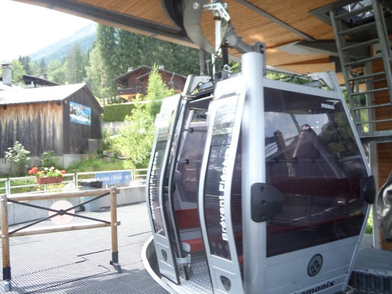 Télécabine à attache débrayable 10 places (TCD10) de Planpraz Sam_0425