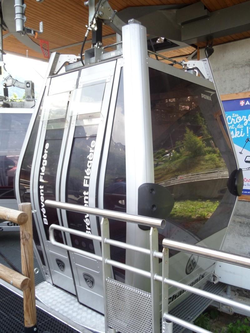 Télécabine à attache débrayable 10 places (TCD10) de Planpraz Sam_0428