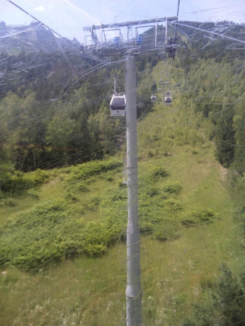Télécabine à attache débrayable 10 places (TCD10) de Planpraz Sam_0432