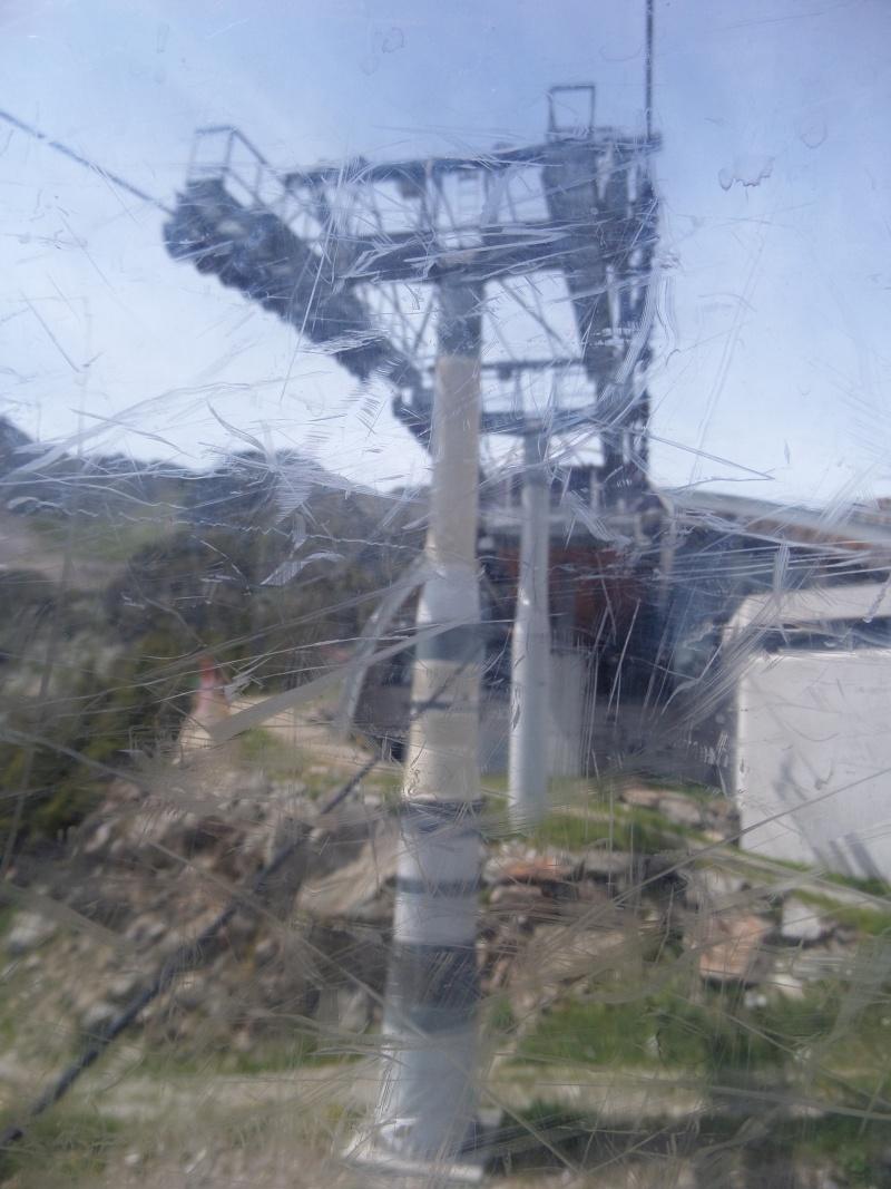 Télécabine à attache débrayable 10 places (TCD10) de Planpraz Sam_0510