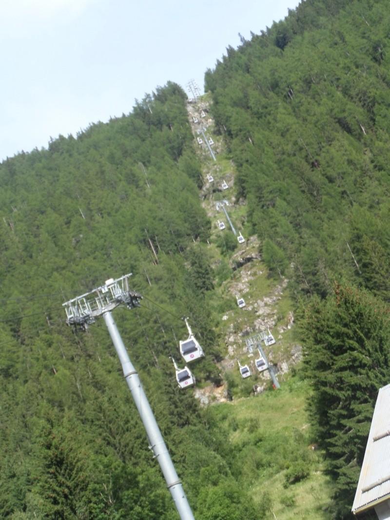 Télécabine à attache débrayable 8 places (TCD8) de Vallorcine Sam_0526