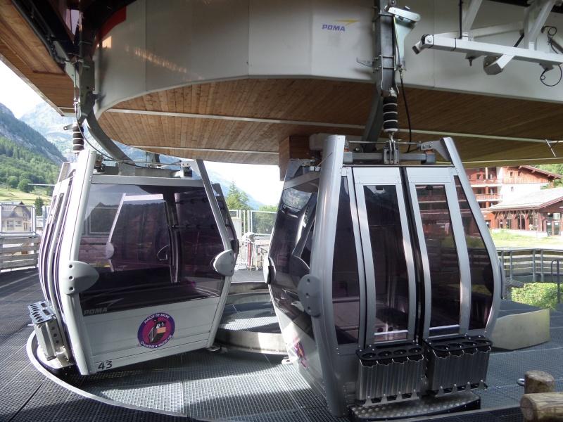 Télécabine à attache débrayable 8 places (TCD8) de Vallorcine Sam_0527