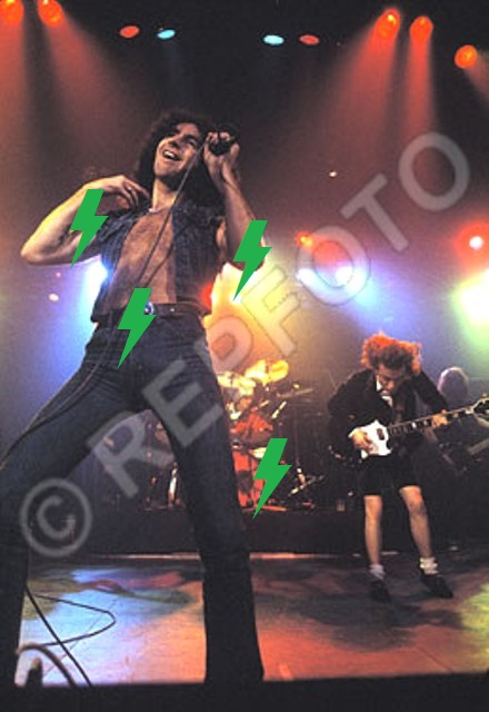 1979 / 11 / 05 - UK, Liverpool, The empire 1417