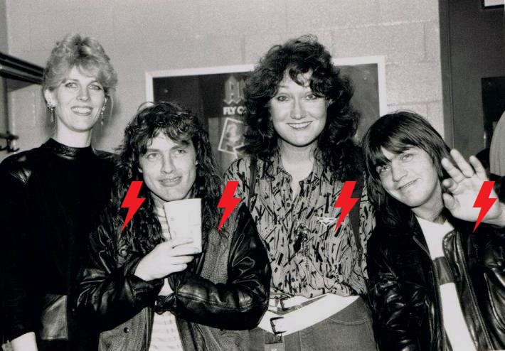 1985 / 09 / 14 - USA, East Rutherford, Meadowlands arena 2sboir10