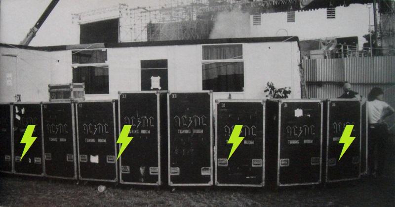 1981 / 08 / 22 - UK, Donington, Castle park 349