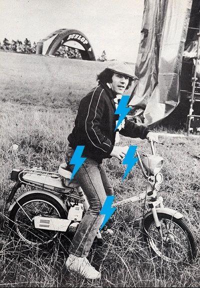 1981 / 08 / 22 - UK, Donington, Castle park 441