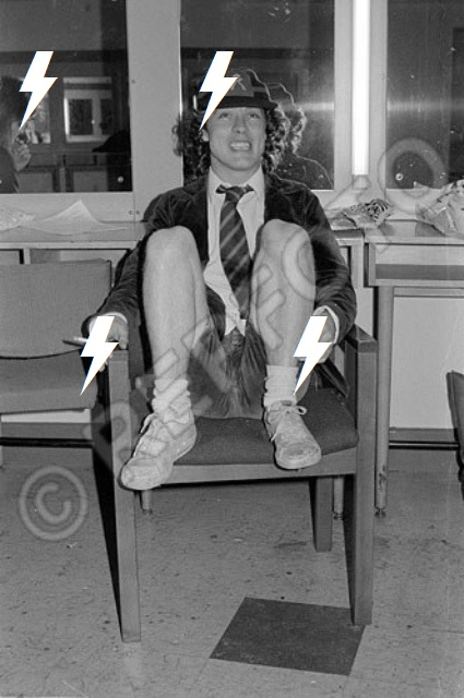 1980 / 02 / 06 - UK, Borehamwood, Elstree studios 534