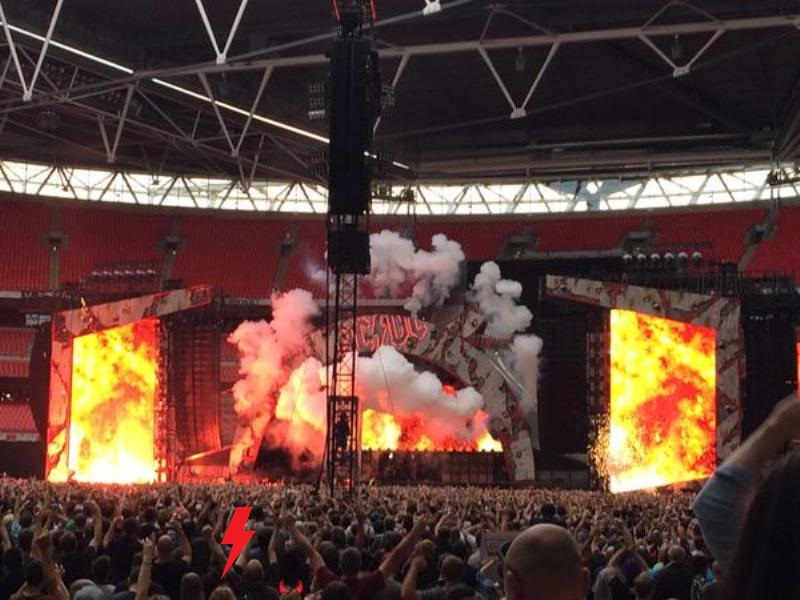 2015 / 07 / 04 - UK, London, Wembley stadium 558