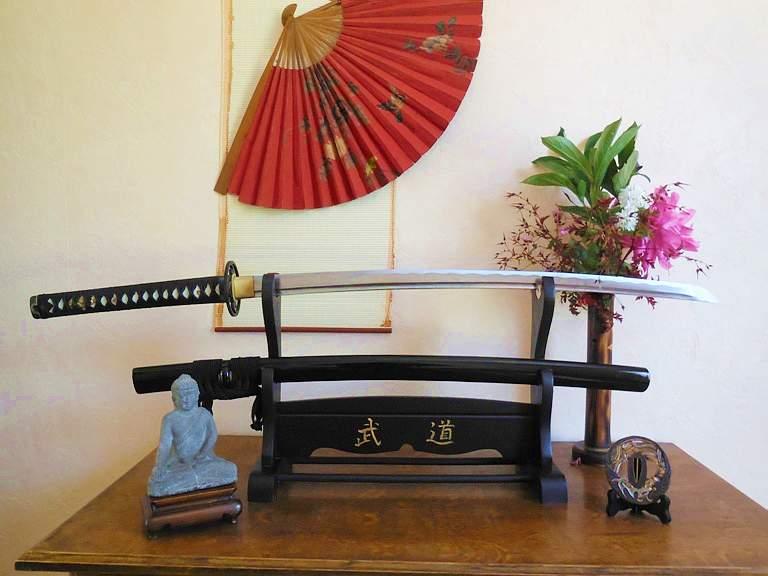 le saviez-vous comment on fabrique un couteau Katana10