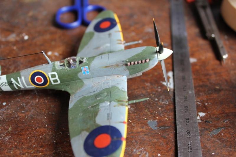 [Airfix] Supermarine Spitfire Mk.IXc 1/72° Thumb162