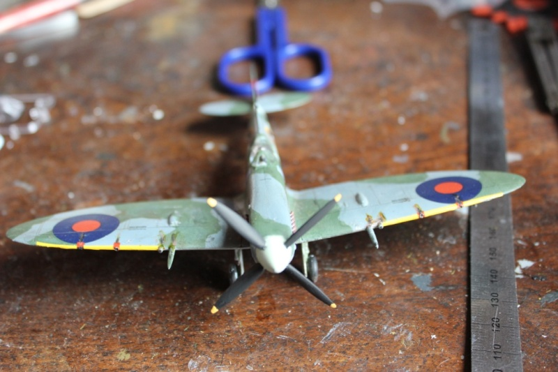 [Airfix] Supermarine Spitfire Mk.IXc 1/72° Thumb163