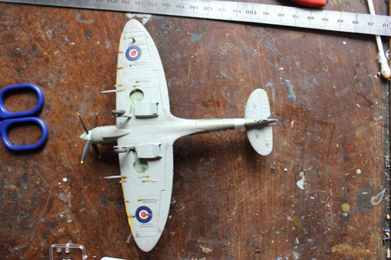 [Airfix] Supermarine Spitfire Mk.IXc 1/72° Thumb165