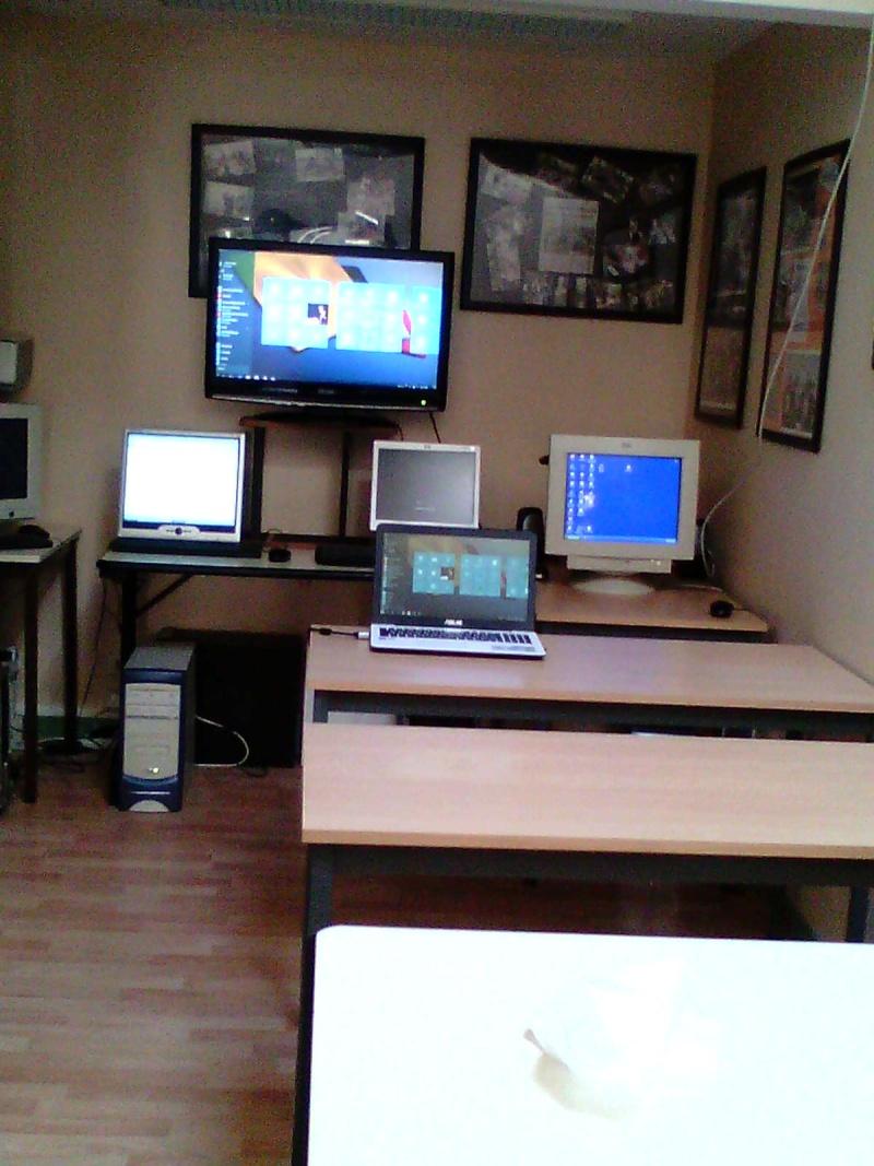 notre nouvelle salle de cours  Img00311