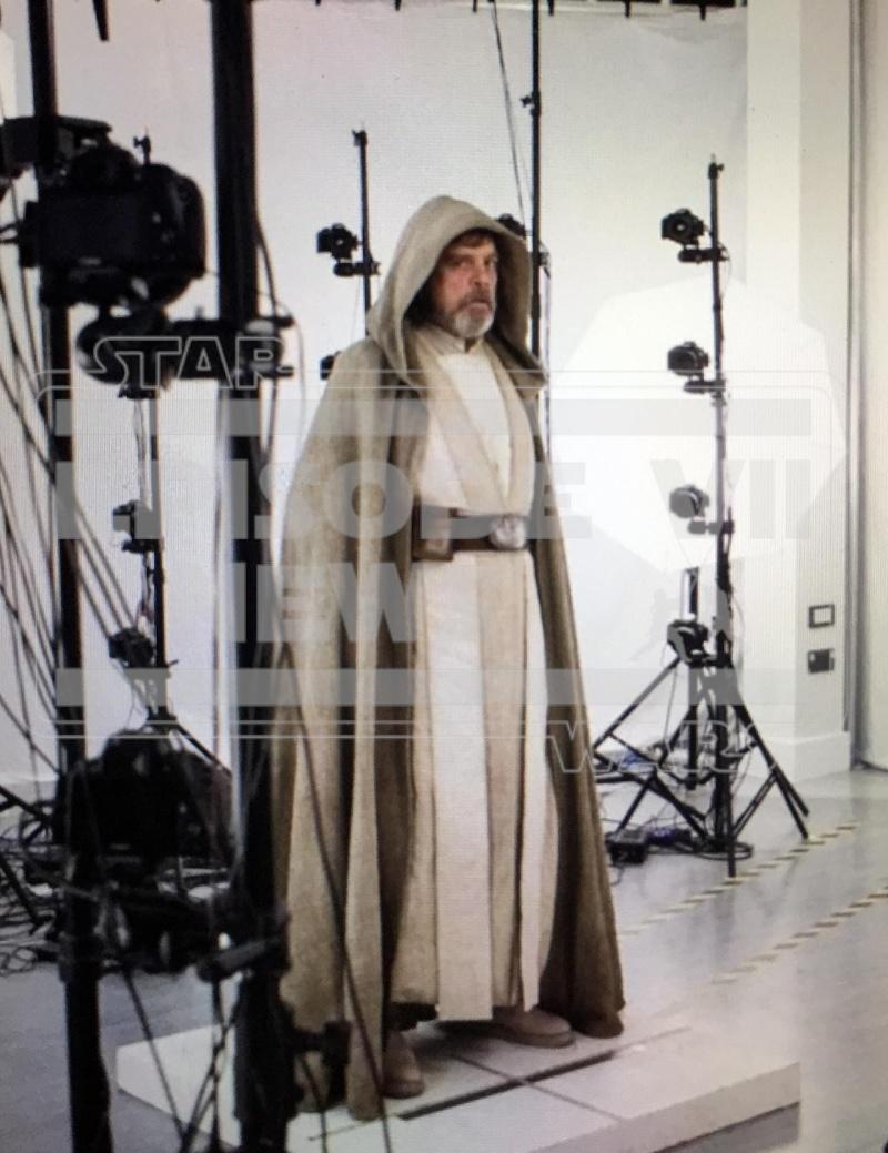 Star Wars : Le Réveil de la Force [Lucasfilm - 2015] Luke_t10