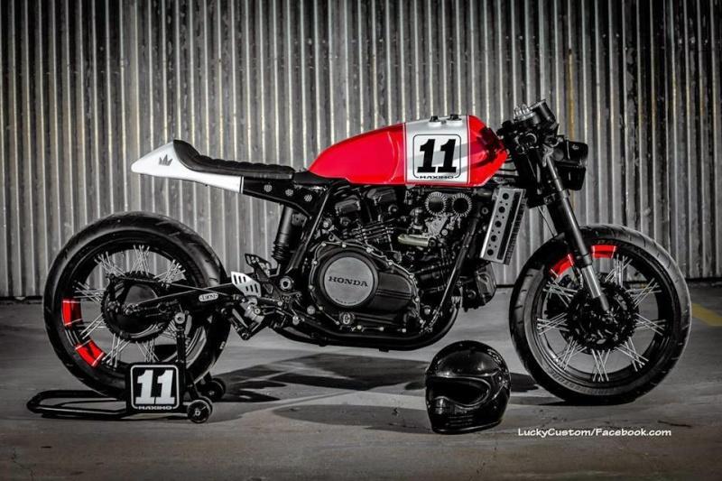 VF 750 Shaka garage  0112