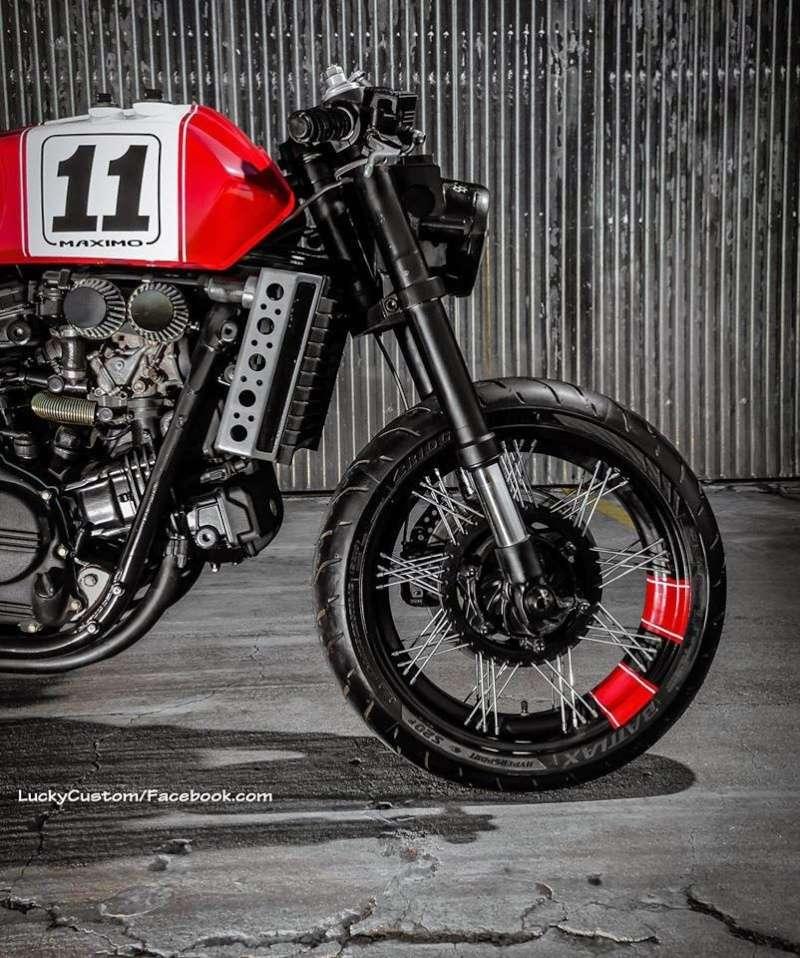 VF 750 Shaka garage  0510