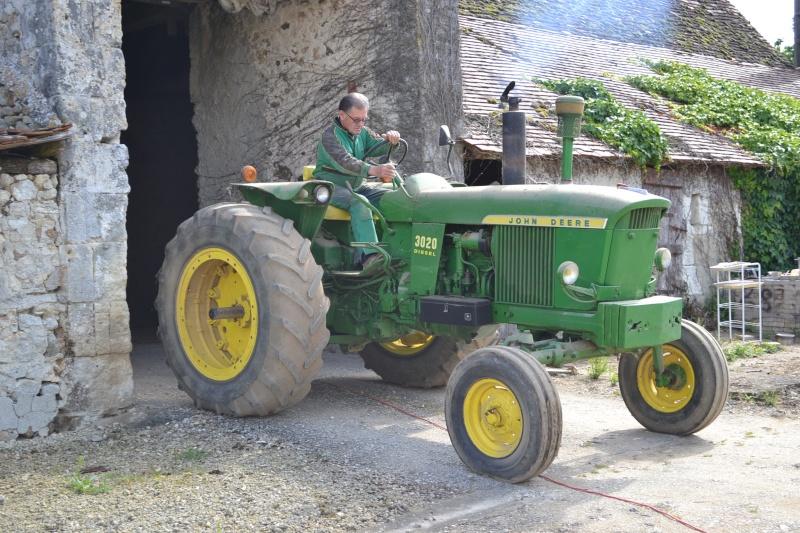 sortie de grange pour le 3020 Dsc_0019