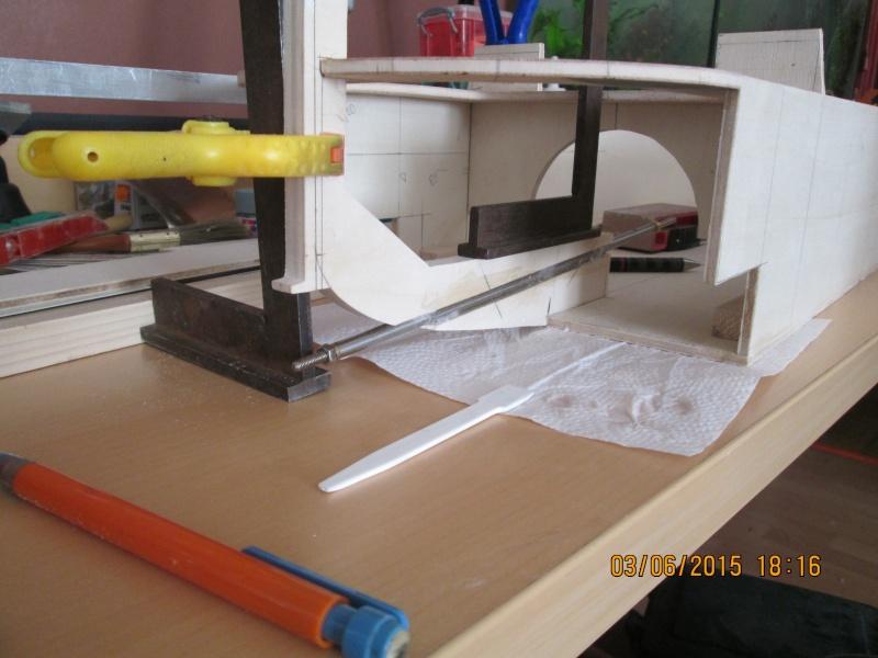 La construction du POULBOT au 1/25   - Page 5 Img_0823
