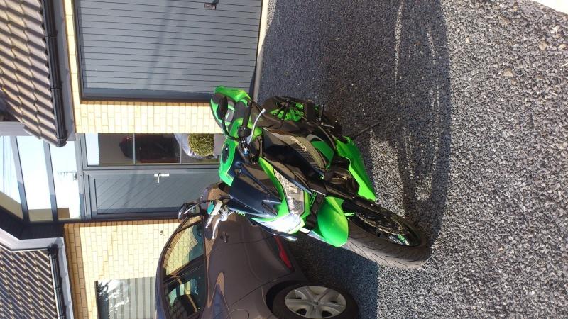 [VENDU] Kawasaki Z1000 Vert Candy Lime Dsc_1310