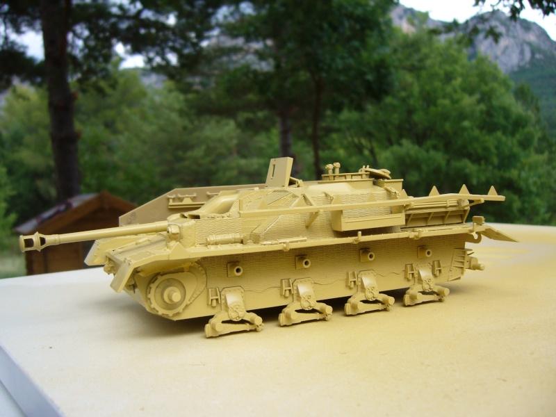 Sd.Kfz. 163 Sturmgeschütz IV Tamiya + chenilles Tamiya + Zimmerit Eduard +canon RB Model - 1/35 - Page 4 P1020521