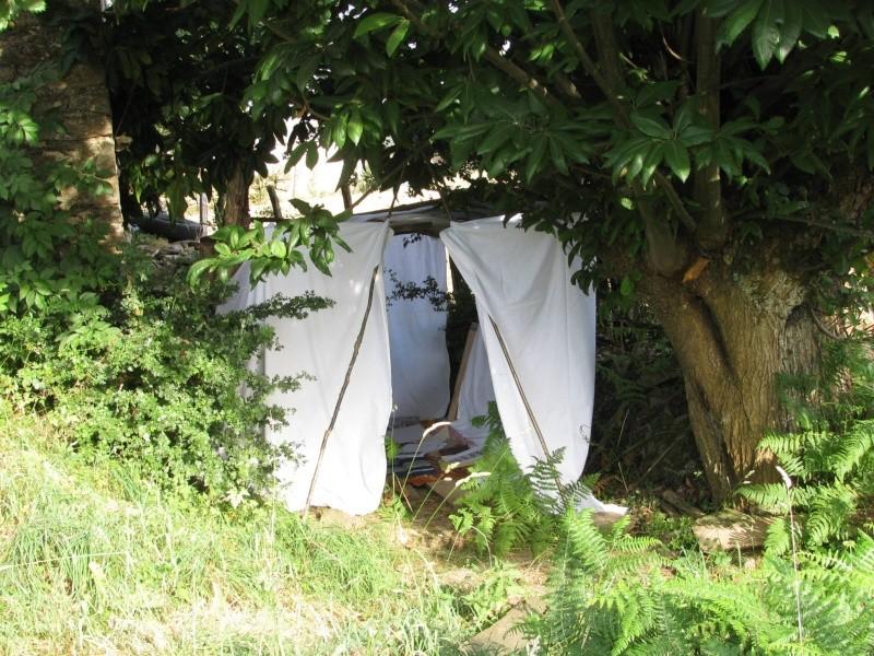 De toile, de bois ou de bric et de broc : les cabanes. Img_5911