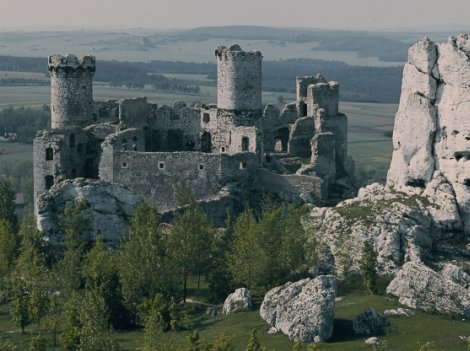 Villes, cités, bourgs, châteaux et forteresses Ur2l10
