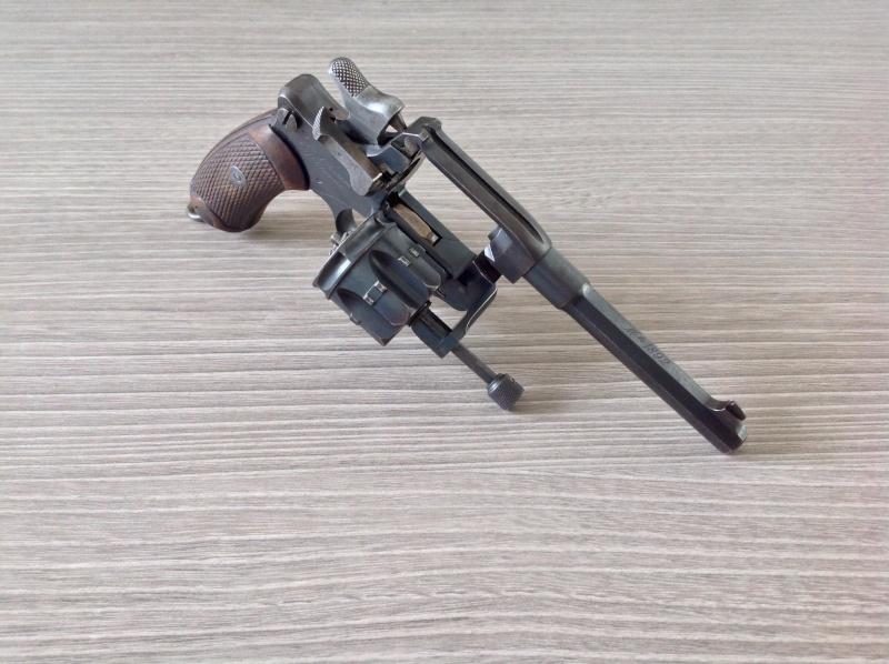 Revolver Mle 1892  Image16
