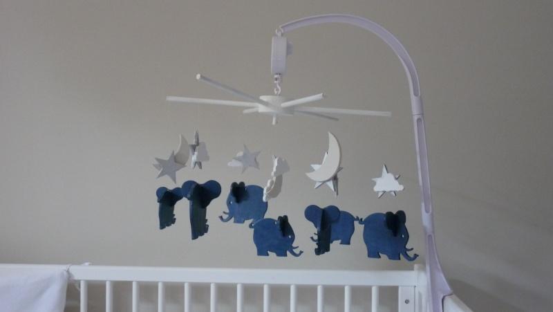Mes réalisation,Mobile lit bébé et divers P1070012