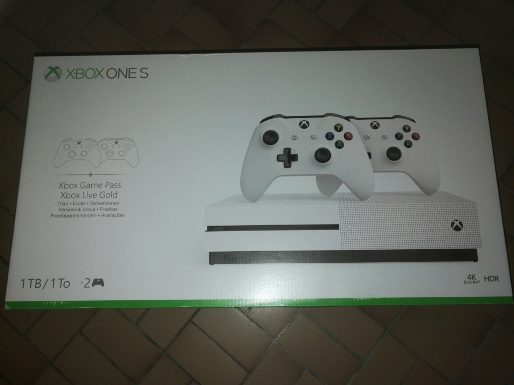 Console Xbox One S 1To pack 2 manettes NEUVE Img_2062