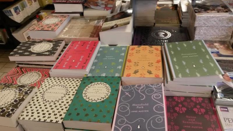 Jane Austen dans les librairies Gib10