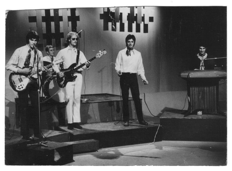 [GROUP] CAPITOL SHOWBAND (1968-1971) Capita10