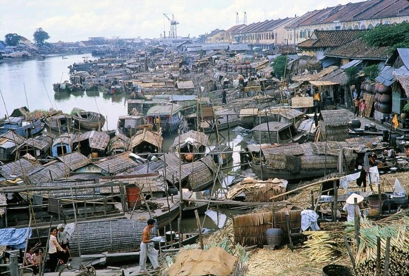 Saigon 1961 16814210
