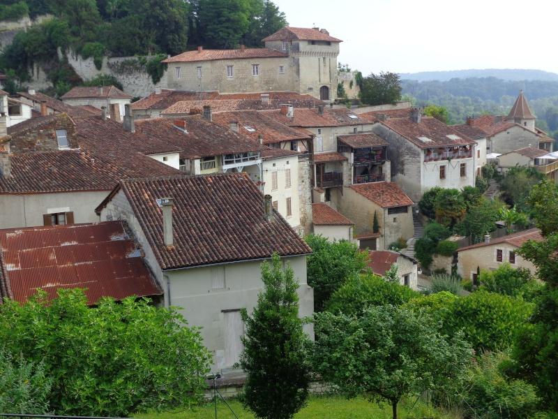 Charente (16) Aubeterre sur Dronne Dsc01515