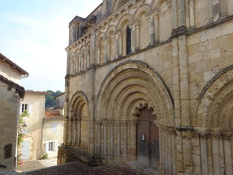 Charente (16) Aubeterre sur Dronne Dsc01520