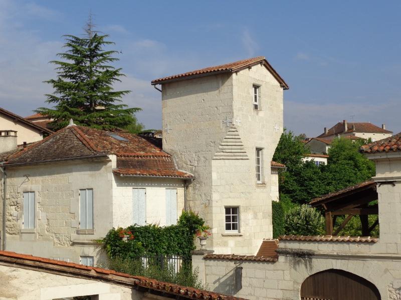 Charente (16) Aubeterre sur Dronne Dsc01523