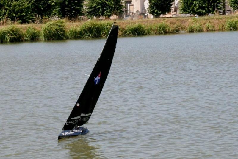 Seawind Noir Délire Selles10