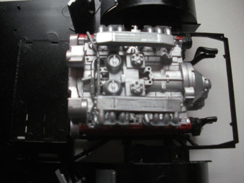 F40 Moteur10