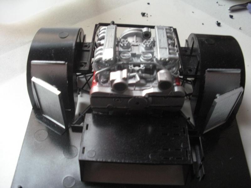 F40 Moteur13