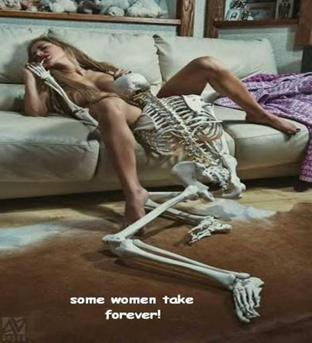 [Jeu] Association d'images - Page 3 Skelet10