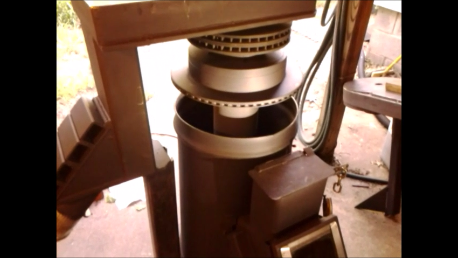 An unusual Rocket Stove Snapsh12