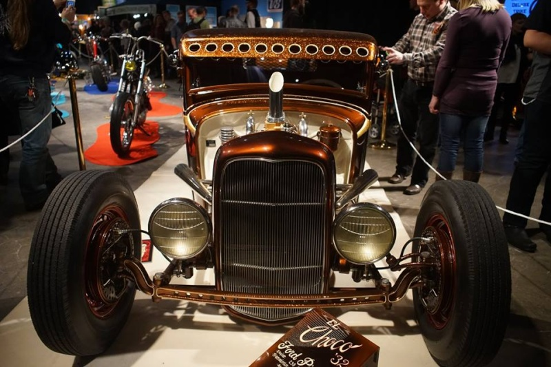 1932 Ford hot rod - Page 11 10920910