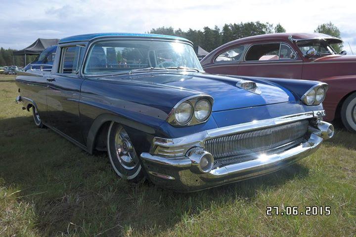 Ford 1957 & 1958 custom & mild custom  - Page 6 11110211