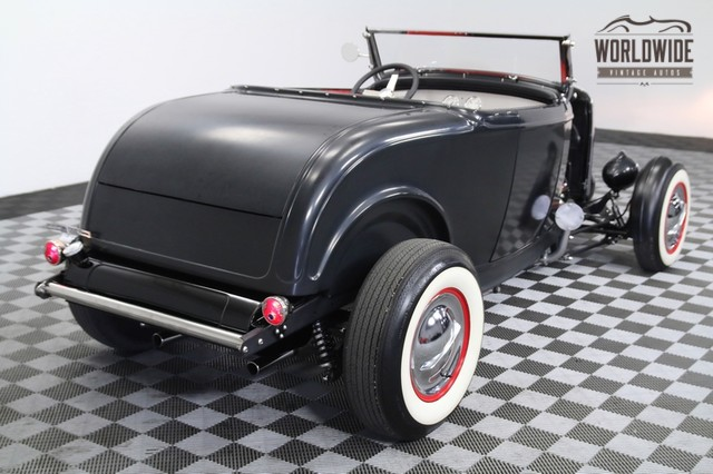 1932 Ford hot rod - Page 12 11148212