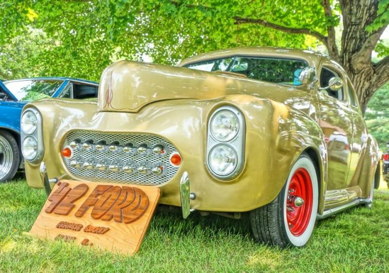 Ford & Mercury 1941 - 1948 customs & mild custom - Page 6 11403421